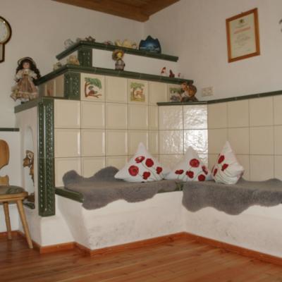 Restauration alter historischer Kachelöfen